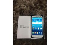* LIKE NEW * SAMSUNG S3 16GB * UNLOCKED * BOX & ACCESSORIES