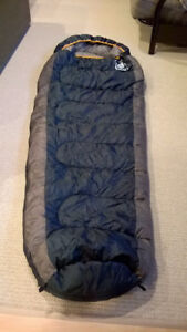 Hillary Long Mummy Style Sleeping Bag -5 degrees