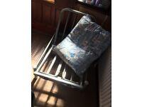 Single metal futon