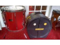 Both in Excellent condition. Pearl 16in Floor Tom in Ferrari Red and 16in Hardcase