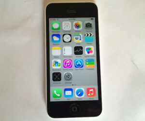 Bell Virgin iPhone 5C 8GB White Excellent Condition $85