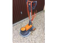 Taski 400/200 Floor scrubbing machine scrubber cleaning