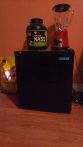 Mini Fridge 80$ OBO