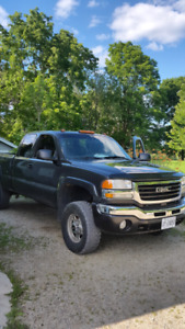 2003 Duramax LOW KM!!!!!