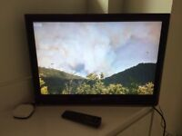 """HANNSPREE 28"""" LCD TELEVISION"""