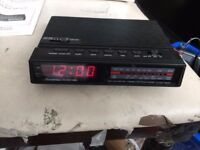 BINATONE clock radio model number 01/696da