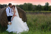 Wedding Photographer (Affordable with 2 Photographers)