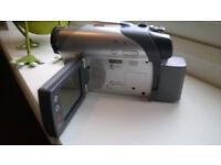 sony handycam dcr dvd camcorder + (bag , spare battery ,charger,mini disc's)