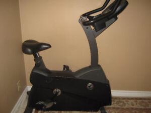 LifeCycle C3.5 Upright Exercise Bike