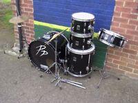 Nice set of beginner to intemediate drums