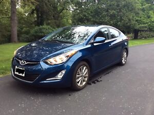 2015 Hyundai Elantra  Low kms Sunroof Snow tires