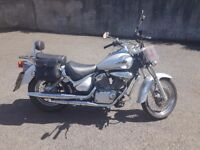 Suzuki VL 125 Intruder Cruiser Learner legal excellent condition very low mileage for year