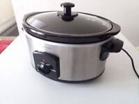 Cookworks 5.5L Slow Cooker, Stainless Steel, Removable Ceramic Bowl, 3 Settings for Low, High, Warm