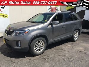 2015 Kia Sorento LX, Automatic, Heated Seats, Bluetooth, 36,000k