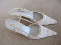 Ladies cream shoes(size 7)& matching handbag