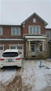 Milton Townhouse - New 3BR Fully Upgraded - Great Home