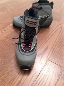 Cross Country TECHNO PRO boots size 9.5