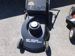 Electric Black and Decker Lawn Mower Good WORKING  Condition!
