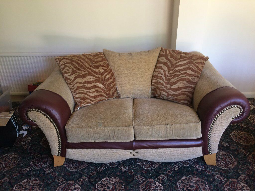 Matching Set of Sofas, a Two and Three Seater.