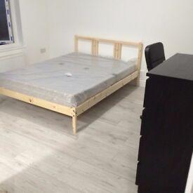 Large double En-suite room to rent Beeston