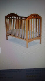 MOTHERCARE DROPSIDE BEECH PLAYBEAD COT.