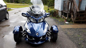 Just Reduced! Can Am Spyder RT SE