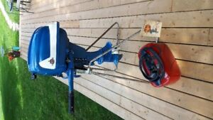 Beautiful antique Evinrude 7.5 hp outboard fishing boat motor