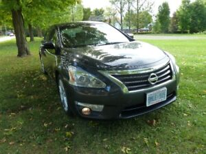 2014 Nissan Altima 2.5 SL Fully Loaded