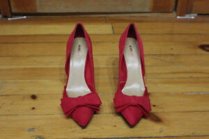 size 9 red shoes - BRAND NEW