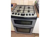 Gas stand-alone cooker.