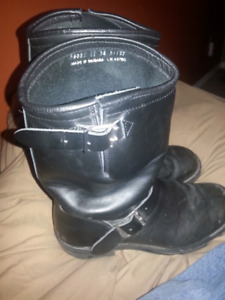 Mens size 10 Harley boots