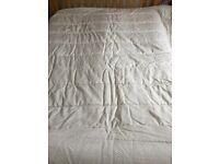 Christy Kingsize Quilted Bedspread