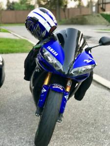 Yamaha R1 $4500