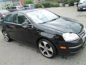 2010 Volkswagen Jetta Cruise control/Two sets of keys/Very clean