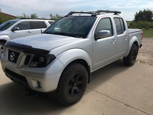 2010 Frontier Pro-4x LOADED