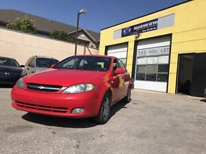 Clean title ! Saftied 2006 Chevrolet optra5