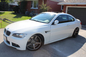 Gorgeous White BMW 3-Series 335i Coupe (2 door) Low Kms
