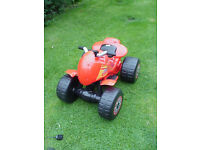PELLER 6 VOLT QUAD BIKE 3 TO 6 YEAR OLD--VGC FULLY WORKING WITH CHARGER ONLY USED SIX TIMES