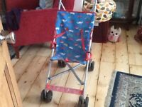 Lightweight pushchair/stroller