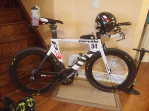 2015 Cervelo P3 DI2 54CM TT/Triathlon w/ Race Wheels and Powerme