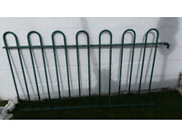 Galvanised steel railing coated green 5ft section