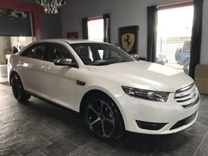2015 Ford Taurus Limited! AWD