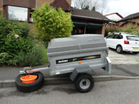 Daxara 127 galvansed car trailer with lockable Erde ABS lid and spare wheel, excellent condition