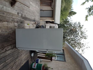 Fridge for sale  FRIGIDAIRE