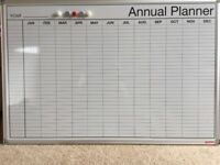 MAGNETIC YEAR PLANNER WHITEBOARD + PENS + MARKERS
