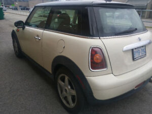 2009 MINI Classic Mini leather Coupe (2 door)