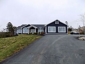 Beautiful bright bungalow with in law suite REDUCED!