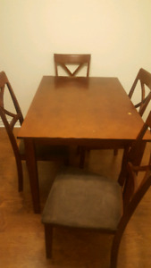 Table and chair set $100