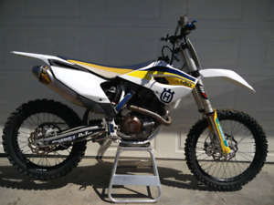 Husqvarna fc450 (same as ktm 450) REDUCED!!
