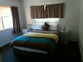 4 double rooms available